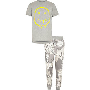 Boys grey 'I'm so lazy' pajama set