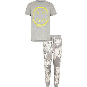 Grijze pyjamaset met 'I'm so lazy'-print voor jongens