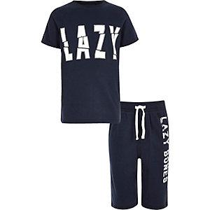 Marineblauwe pyjamaset met 'lazy bones'-print voor jongens