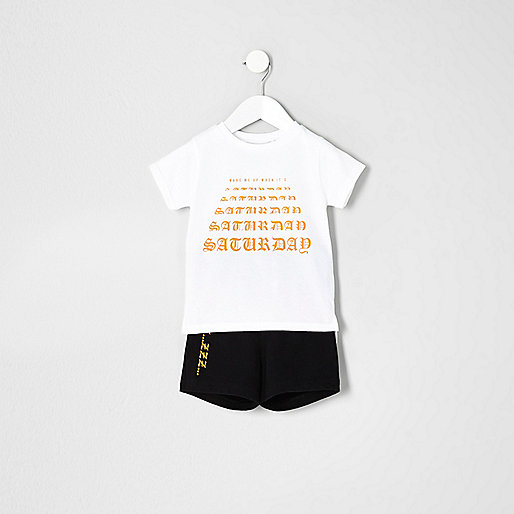 Mini boys white 'Saturday' pajama set