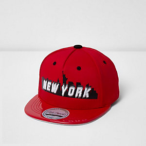 Mini boys red New York shiny cap