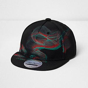 Schwarze Kappe mit Laser-Print