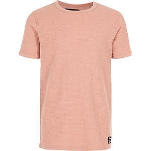 Pinkes T-Shirt mit Waffelmuster