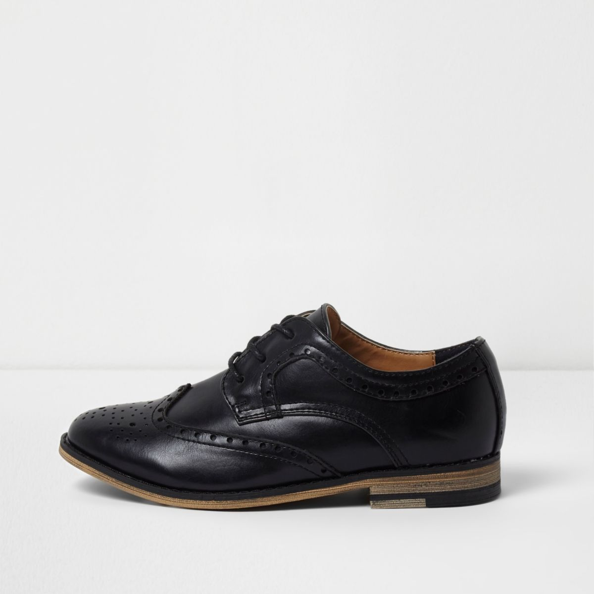 Find great deals on eBay for boys ghillie brogues. Shop with confidence.