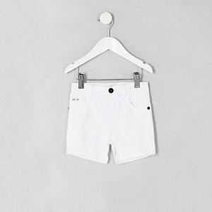Mini boys white ripped slim fit denim shorts
