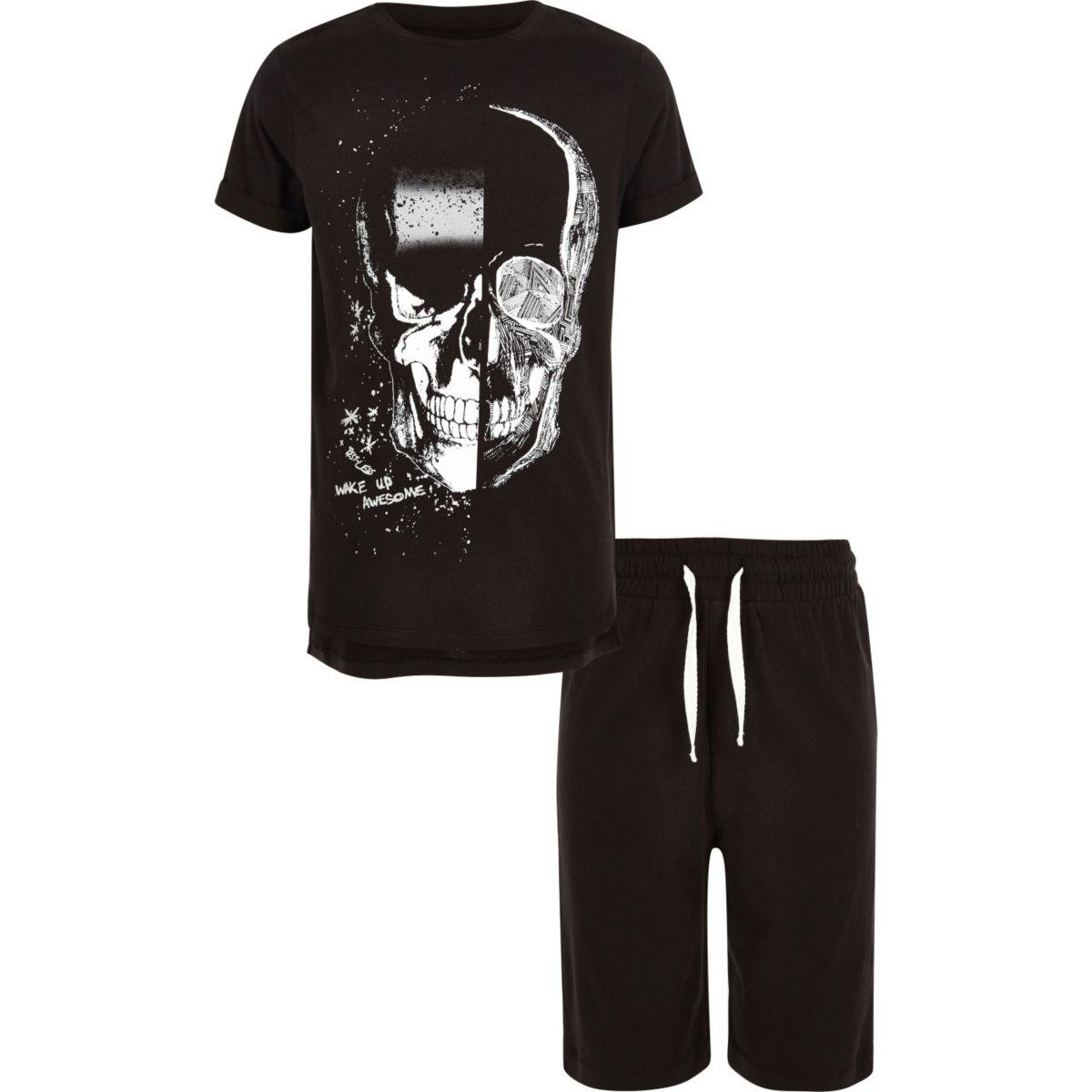 Boys black skull print pyjama set