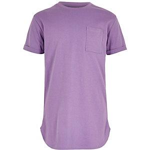 T-Shirt in Lila mit abgerundetem Saum