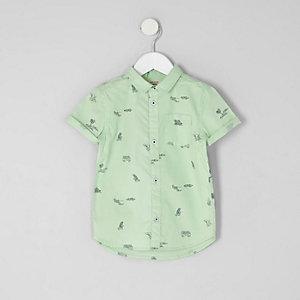 Grünes, kurzärmliges Strandhemd