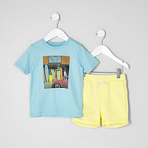 Mini boys blue T-shirt and shorts outfit