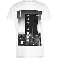 Boys white city print short sleeve T-shirt
