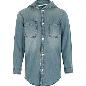 Chemise en jean bleue à manches longues et capuche pour garçon