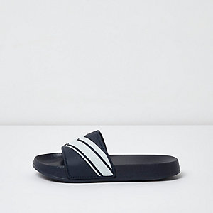 Boys navy chevron stripe sliders