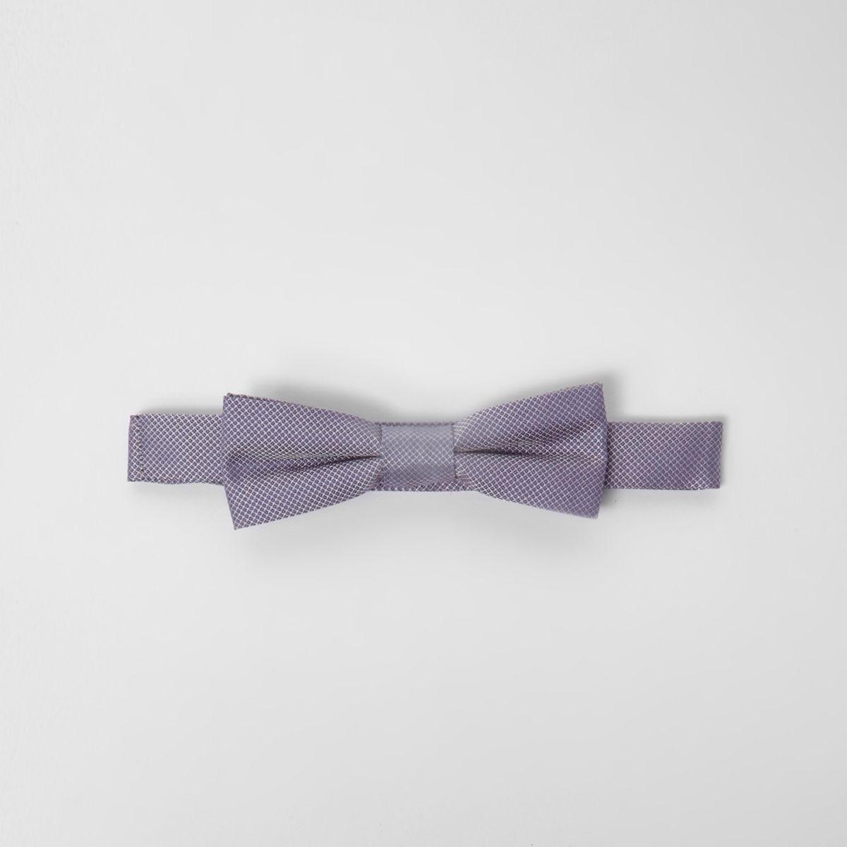 Boys light purple textured bow tie