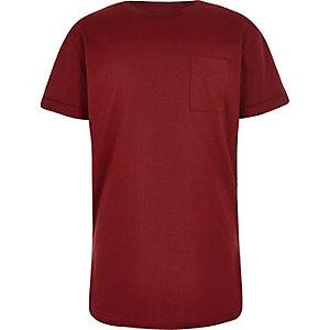 Boys burgundy red curved hem T-shir