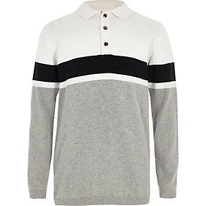 Wit gebreid rugbyshirt met brede streep voor jongens