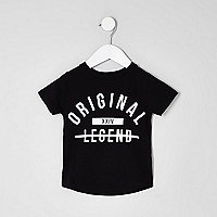 Mini boys black 'legend' print T-shirt
