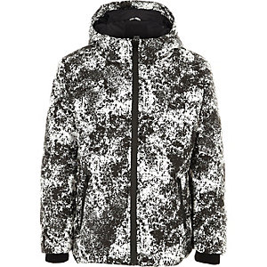 Graue, wattierte Jacke mit Camouflage-Muster