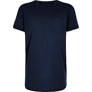 Marineblaues T-Shirt mit abgerundetem Saum