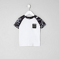 Mini boys white mono print raglan T-shirt