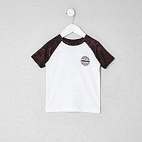 Mini boys dark red raglan T-shirt