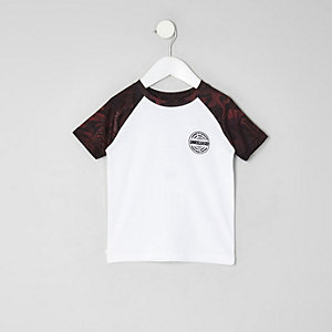 Mini boys dark red raglan T-shirt