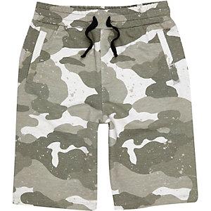 Short en jersey imprimé camouflage kaki pour garçon