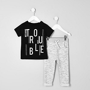 Mini boys black print T-shirt outfit
