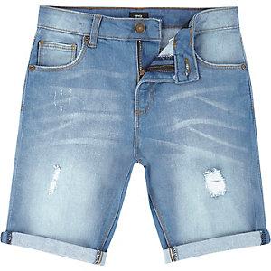 Short en jean bleu clair usé pour garçon