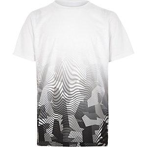 T-shirt à imprimé camouflage géométrique délavé blanc pour garçon