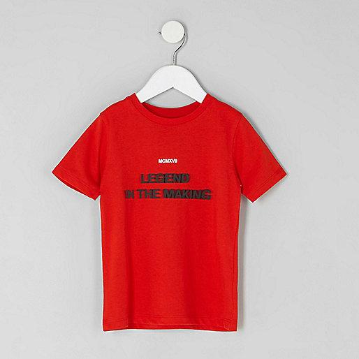 Mini boys red 'legend' print T-shirt