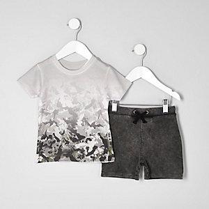 Mini - Crème T-shirt met camouflageprint voor jongens