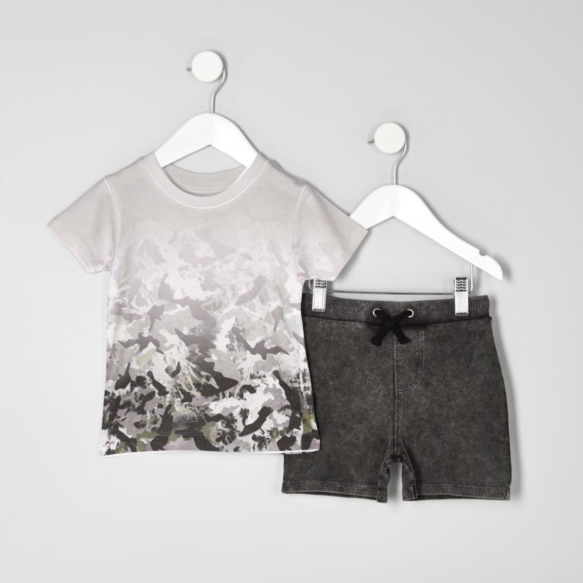 Mini boys cream camo T-shirt outfit