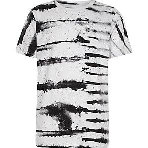 Wit T-shirt met zwarte inktstreep voor jongens