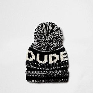 Zwarte gebreide beanie-muts met 'dude'-print en pompon voor jongens