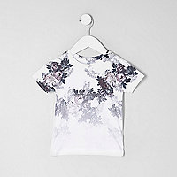 Mini boys white floral fade print T-shirt