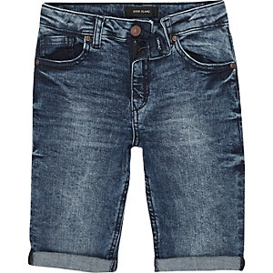 Dylan  - Blauwe slim-fit denim short met adelaarspatch voor jongens