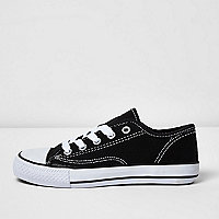 Boys black low top lace-up plimsolls