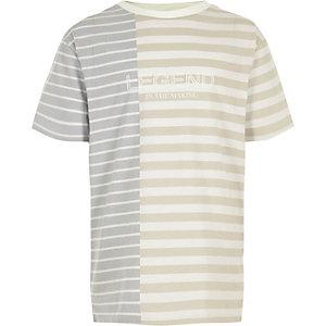 T-shirt «Legend» crème à empiècement rayé pour garçon