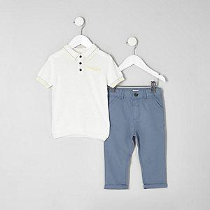 Mini - Oufit met wit poloshirt en blauwe chino voor jongens