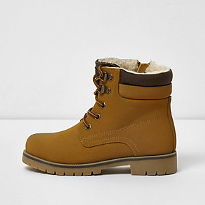 Boys tan cleated lace-up worker boots