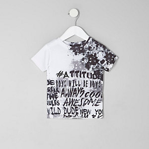 Weißes T-Shirt mit Graffiti-Print