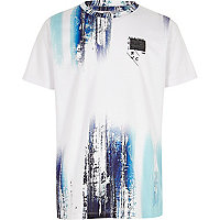 Boys white and blue glitch print T-shirt