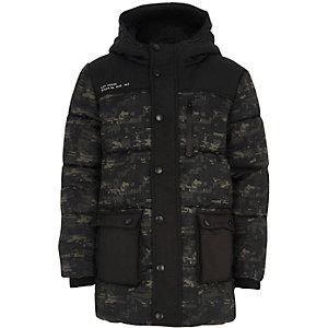 Kaki doorgestikte jas met geometrische camouflageprint voor jongens