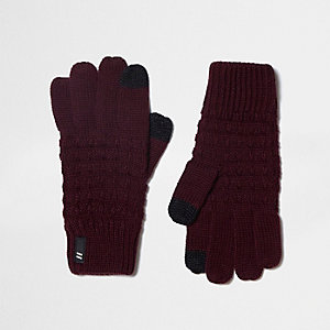 Boys burgundy knit touch screen gloves