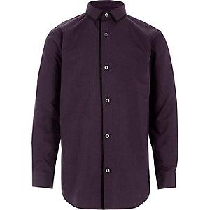 Chemise violette à manches longues avec liseré garçon