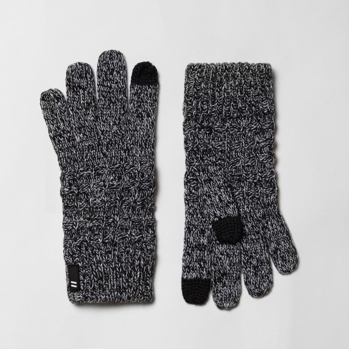 Boys grey waffle knit touch screen gloves