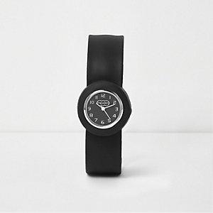Zwart horloge met druksluiting voor jongens