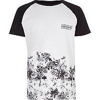 Boys white floral print raglan sleeve T-shirt