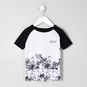 Mini boys white floral raglan sleeve T-shirt