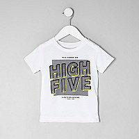 Mini boys white 'high five' print T-shirt